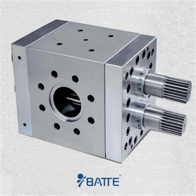 Biaxial driver extrusion melt pump